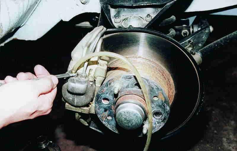 Последовательность прокачки тормозов ваз 2109