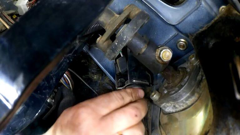 snimaem stopor min 768x432 - Тугая педаль сцепления лада гранта
